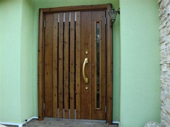 リシェントで玄関ドアを1日簡単リフォーム♪