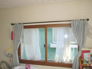 インプラスのおかげで結露が減り、窓の模様替えにもなりました!