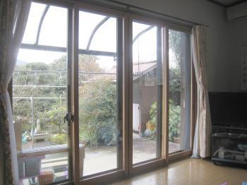 内窓を付けたことにより部屋の雰囲気がとても明るくなりました